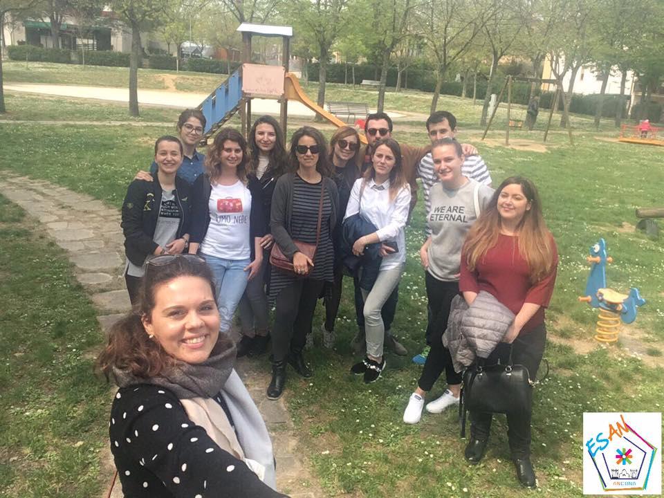 Gli studenti Erasmus incontrano i bimbi della Scuola Secondaria di I grado