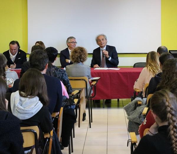 Incontro con gli studenti del Corso di Laurea in Infermieristica di Pesaro