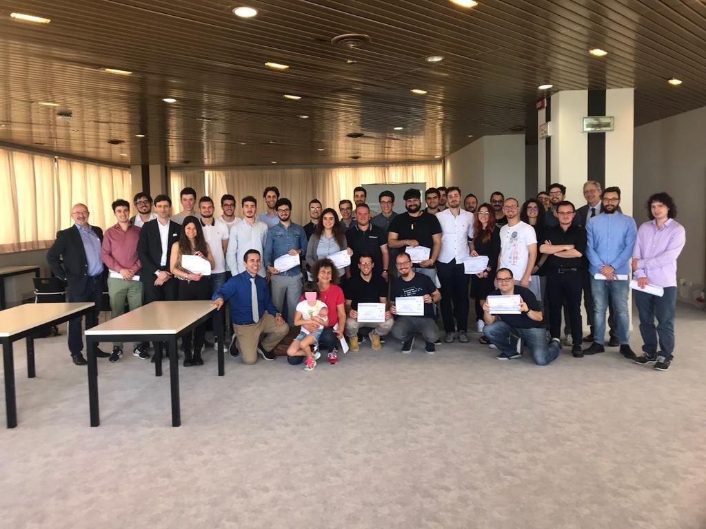 Consegna degli attestati di frequenza al corso UnivPM Microsoft