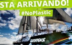 la nave Rainbow Warrior di Greenpeace