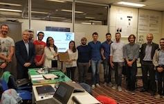 I partecipanti al corso con il Dott. Luca Tedeschi, HUAWEI Channel Service Manager, e dell'Ing. Gianpiero Viola, HUAWEI Senior Expert HCIE