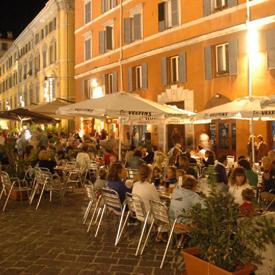 Ein Lokal in Piazza del Plebiscito